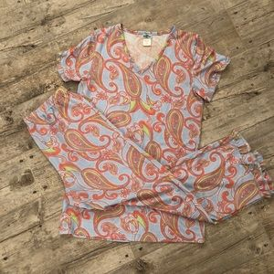 OMG! adorable 2pc jammies size small like new.